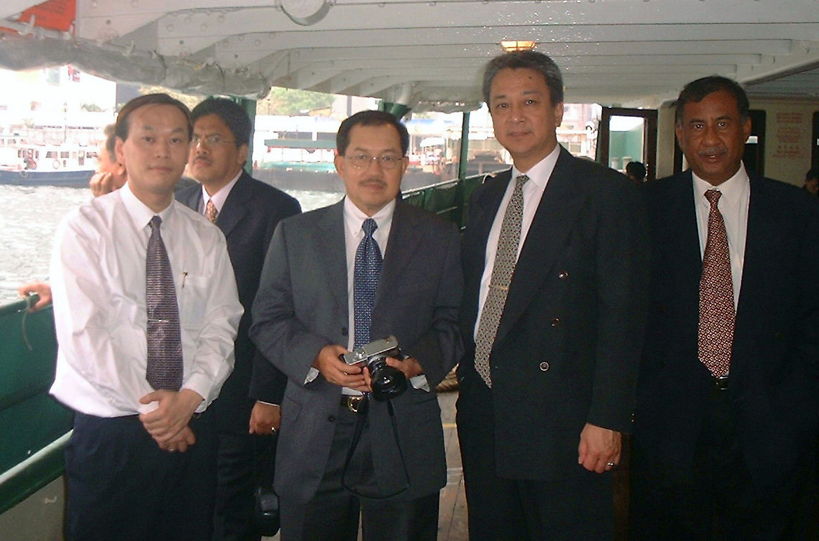 Dato' Abdul Latif Bin Abdullah visited in April 2004